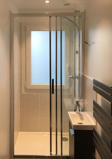 Salle de douche 4 m2 JDF RENOV : renovation appartement maison : Nous rénovons votre salle de bain du sol au plafond !